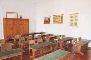 Tomažič in učilnica